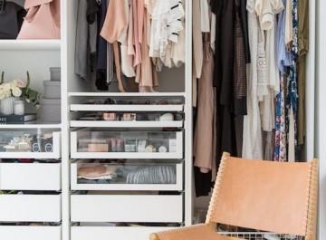 Κρύψτε τα καλοκαιρινά και οργανώστε τέλεια τη ντουλάπα του χειμώνα