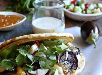 6 εύκολες και διαφορετικές συνταγές με πίτα (από σουβλάκι, αραβική)