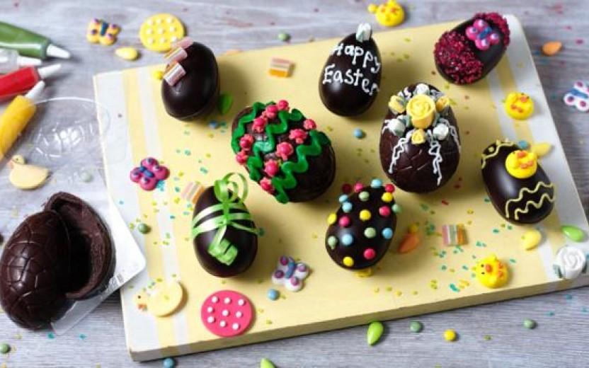 Φτιάξτε μόνη σας σοκολατένια αυγά για το Πάσχα (συνταγή)