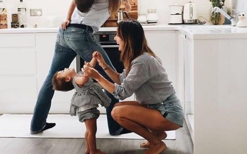 10 πράγματα που πρέπει να σταματήσουμε να κάνουμε στα παιδιά μας