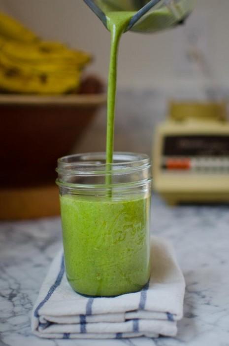 2013_1_31-green-smoothie-1