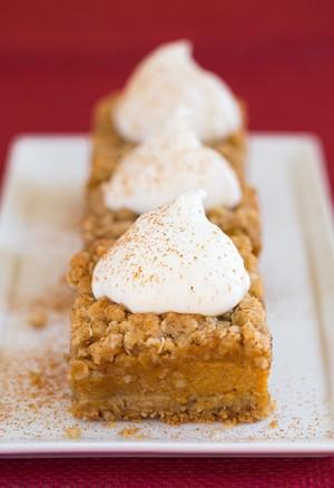 pumpkin-pie-crumb-bars