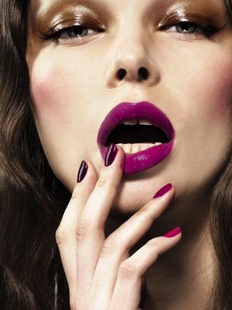 big lips violet
