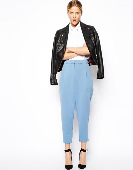 Θέλετε ν΄ανανεώσετε τη γκαρνταρόμπα σας και φυσικά ξεκινάτε από τα ρούχα  που φοράτε κάθε μέρα... Στο γραφείο 244fc680618